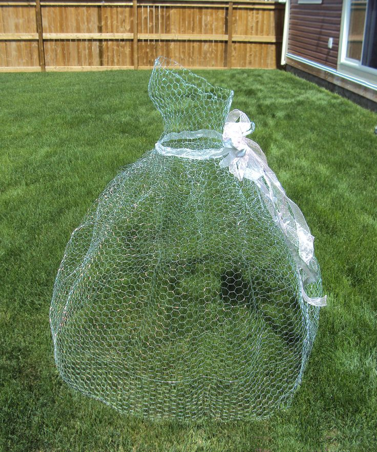 Wire Sculpture: Chicken Wire Ghost Ball Gown I made for a Victorian Garden