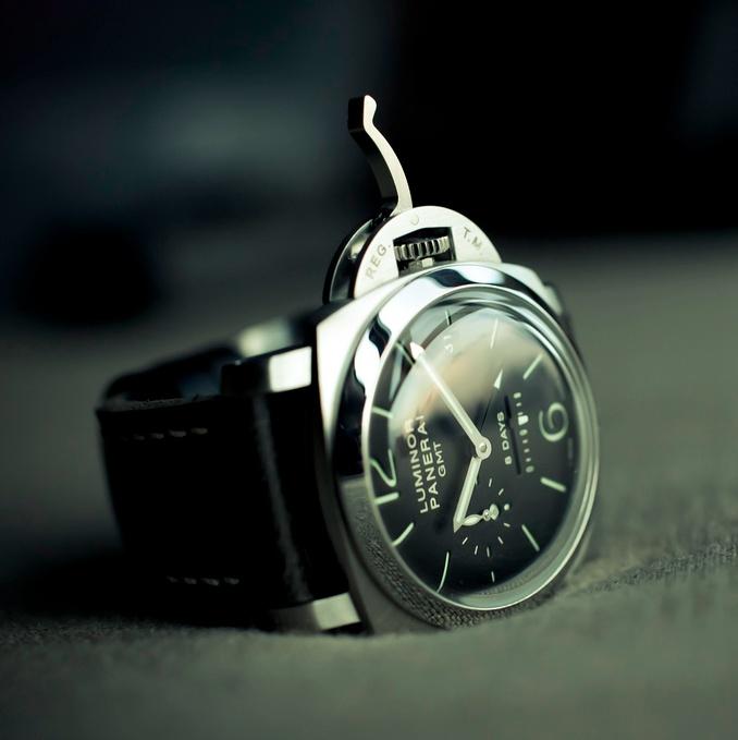 sexy sexy watch