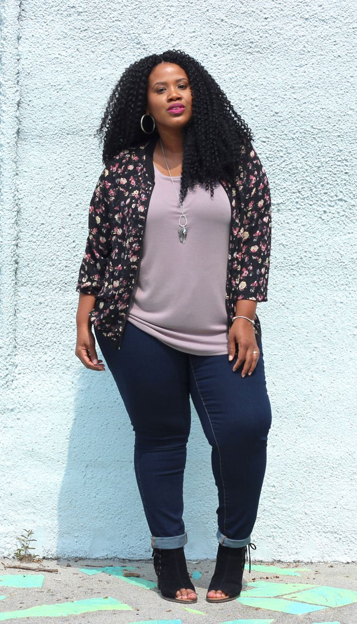 Fall is coming soon, so it's time to get a little edgy with a dark floral bomber jacket, skinny jeans, and some cute booties! #maurices #ad