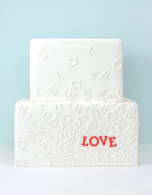 Typography Cake? Yes I love it! So many possibilities. This graphic designer can't help but want to make this cake.