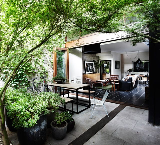 I love the blending of indoor and outdoor spaces