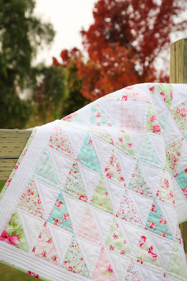 half square triangle quilts, HST quilts, charm pack quilts, charm squares quilt, tanya whelan quilts, floral quilts, feminine quilts, quilts for girls, mini quilts, baby quilts, quilts with pastel colors, roses and flowers quilts