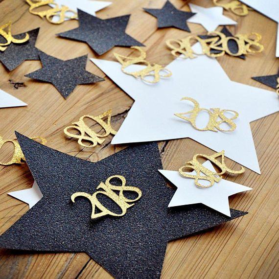 Graduation party confetti. Jumbo Star confetti with 2019. confetti mix for table.