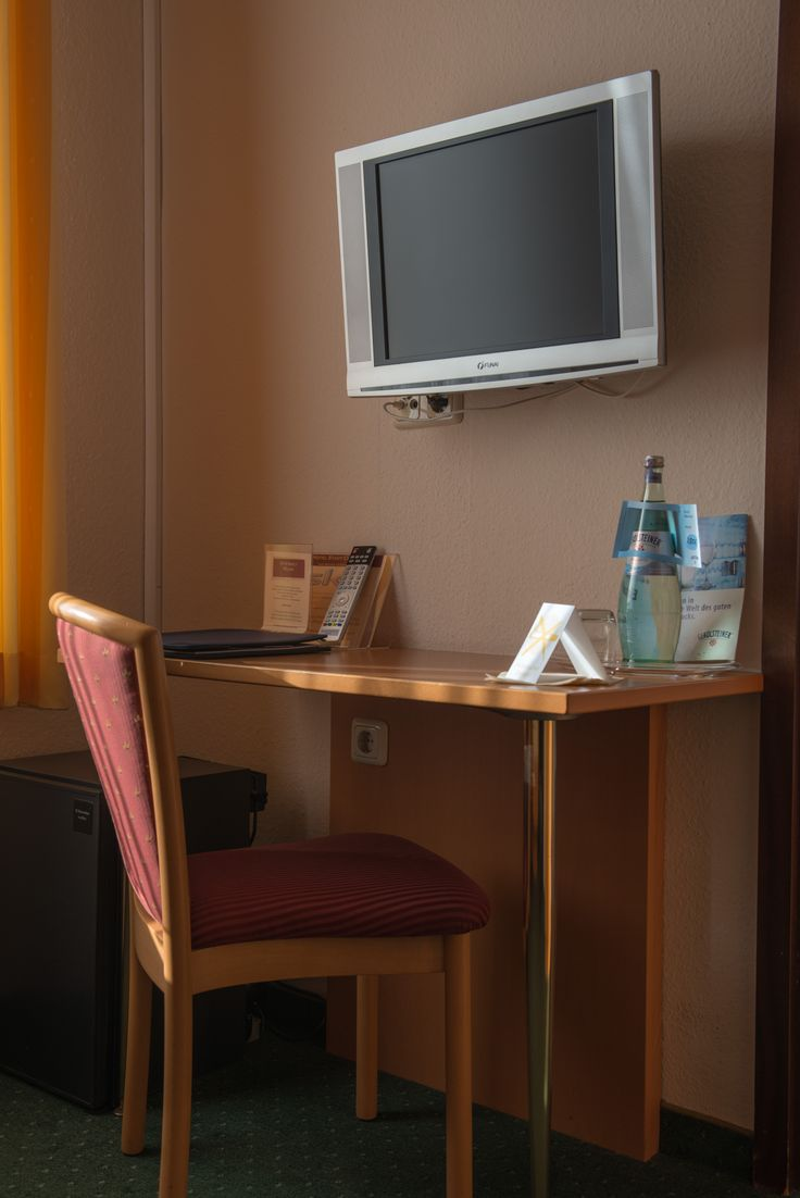 Guest room, Hotel Stadt Cuxhaven #hotel #Cuxhaven