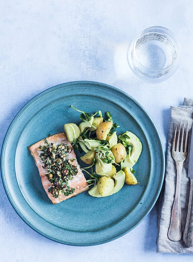 Salmon with lemon potatoes