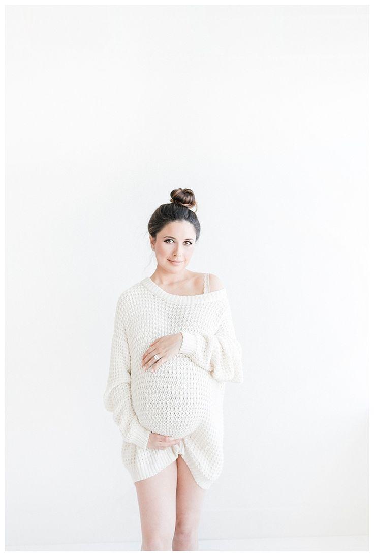 studio maternity photography by miranda north