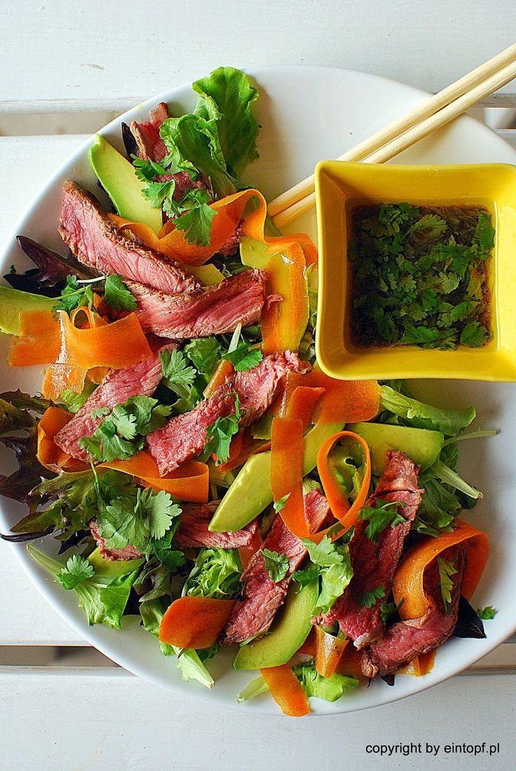 eintopf: sałatka tajska z wołowiną