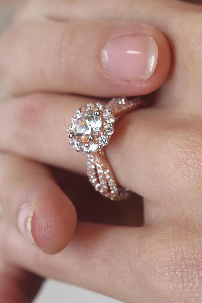 Unique Engagement Rings That Wow ❤ See more: http://www.weddingforward.com/unique-engagement-rings/ #weddings #beautifuljewelryrings