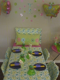 Slumber Party bed tablescape
