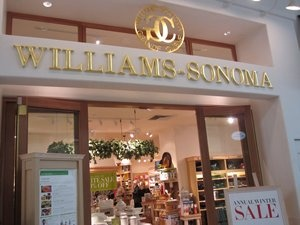 William Sonoma, Oaks Mall