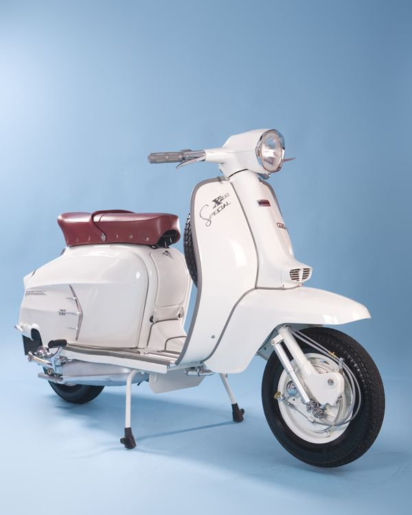The 25  best ideas about Motor Scooters on Pinterest | Vespa, Vespa motor scooters and Motorised scooter