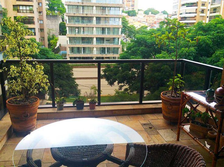 VENDIDO - APARTAMENTO 'A VENDA NO JARDIM GUEDALA 166 m2 com 3 suites, 4 vagas, deposito, reformado. Veja mais aqui: http://www.mariadagracacongro.com.br/#!alugar/c1hx5