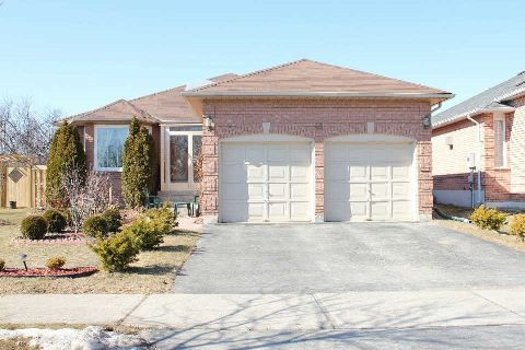 OPEN HOUSE SAT/SUN 12pm-5PM. Free Coffee & Timbits! MLS®: N2874658, $749000.00, 48 Aristotle Dr (from @RE/MAX Canada) http://t.co/yVUTOmcwPy