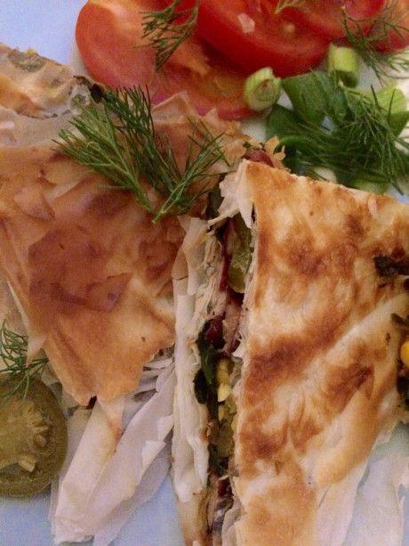 Vegan gözleme. Turks gerecht, recept. Gezond, met veel groenten. Ook makkelijk te maken met filodeeg. Naar eigen smaak aan te passen