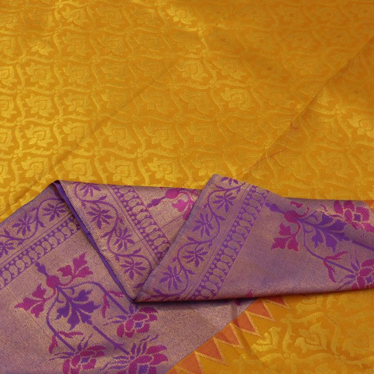 Sarangi Handwoven Silk Sari : Pretty mix of patterns. Kanchipuram south India sari but woven with Mughal inspired designs more inspired by north India. Interesting!
