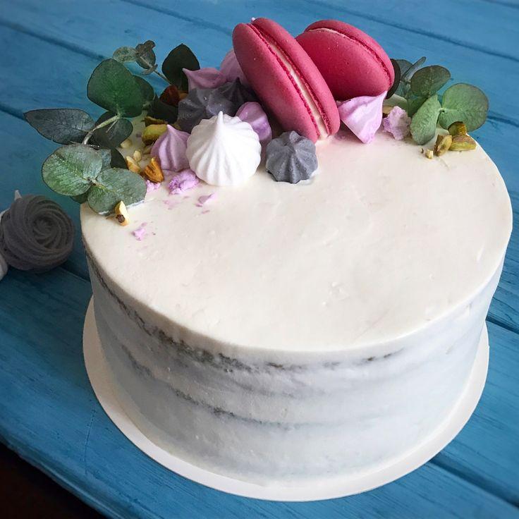 Naked pistachio cake