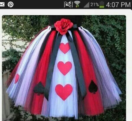 Queen of hearts skirt