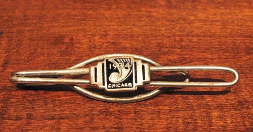 1934-Chicago-Worlds-Fair-Tie-Tac-Bar-Clip-Clasp-Black-Enamel-Art-Deco