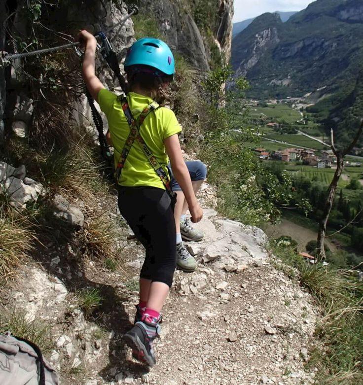 Hier findest du eine Karte mit kindgerechten Klettersteigen!
