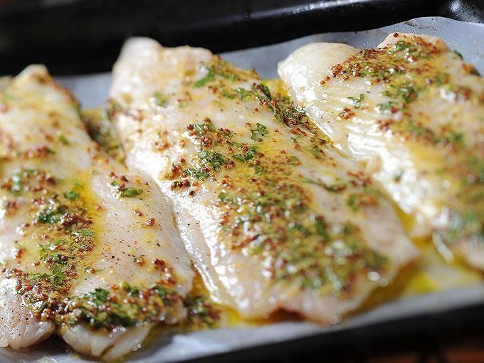 Si ya se te acabaron las ideas para preparar pescado Sonia Ortiz nos comparte su receta de filetes horneados con un toque de mostaza deliciosos para la temporada. Ingredientes 6 filetes de huachinango2 cucharadas de mostaza90 gr de mantequilla5 ramas de perejil1 limón½ cucharita de...