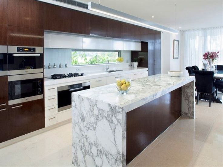 Marble bench top with wood grain cabinet great kitchen 39 s for Great galley kitchen designs