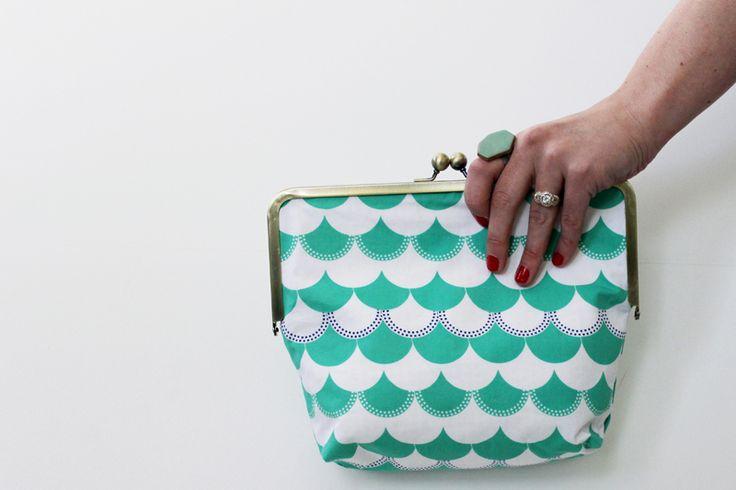 Date Night Clutch from Sew Caroline + Gleeful Fabric Giveaway   Sew Mama Sew  