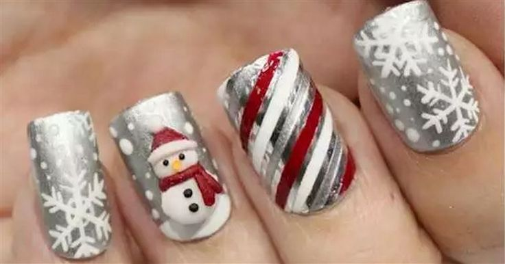 21 Winter Nail Designs That Will Make You Want To Buy Fingerless Gloves