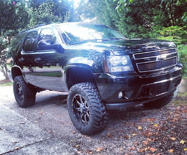Page 159 additionally 2014 Sierra On 24s also Watch additionally A 1980 Chevrolet Suburban Limo For You And Your Friends Ebay Find together with F S 07 Gmc Sierra Classic 4 Door 488171. on 2014 gmc sierra lifted