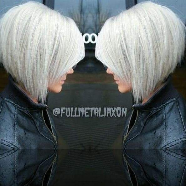 Kurzhaarfrisuren Auf Instagram Wowww Grauhaare Platinblond Farbe Bobfrisuren Haircolor In 2020 Hair Styles Short Hair Styles Bob Hairstyles