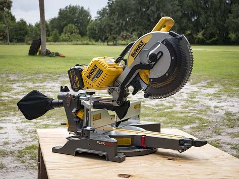 The #DeWalt #FlexVolt 120V Max Sliding #MiterSaw is easily one of the most anticipated cordless tools to hit the market this year. Does it meet our needs for professional level performance? #cordlesstools #powertools #tools #construction http://www.protoolreviews.com/tools/power/cordless/saws-cordless/dewalt-flexvolt-120v-max-sliding-miter-saw/25440/