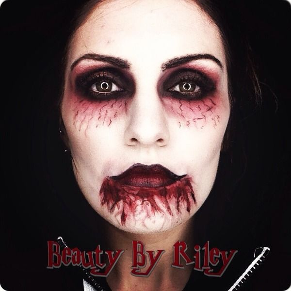 Vampire Makeup I like the eye part