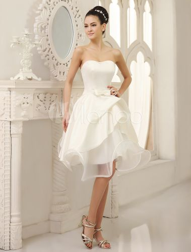 Knee-Length Ivory A-line Wedding Dress For Bride with Strapless Pleated Skirt - Milanoo.com