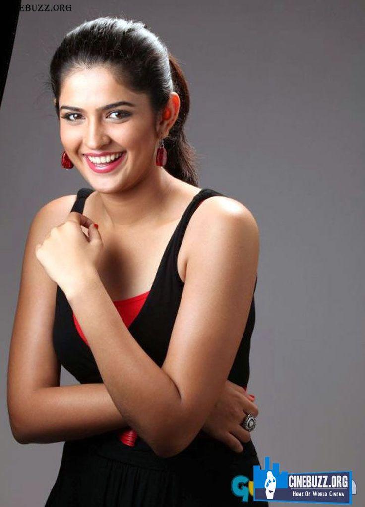 Latest Hot Stills Of Actress Deeksha Seth