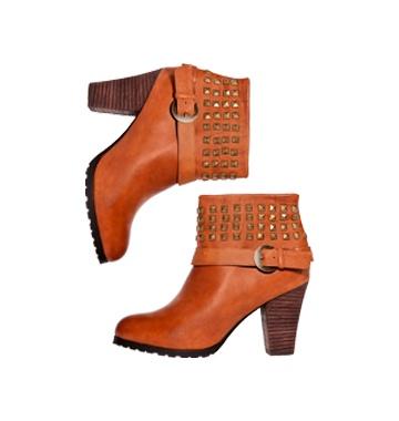 Voté por las botas Amphora Janni en Moda VS. Moda de Falabella. Vota y podrás ganar una Gift Card de $40.000