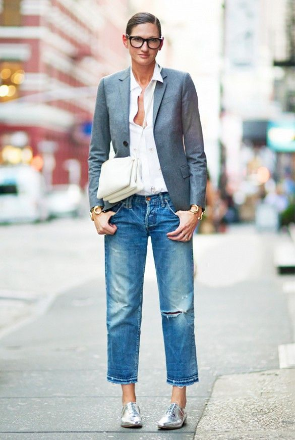 25 Ways to Wear Metallic Flats  - Jenna Lyons in boyfriend jeans,  grey blazer + metallic flats | StyleCaster