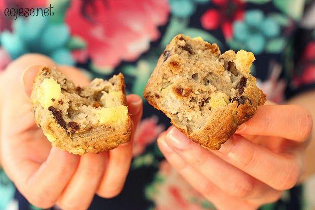 Dietetyczne kokosowe muffinki z ananasem i kawałkami czekolady | Zdrowe Przepisy Pauliny Styś