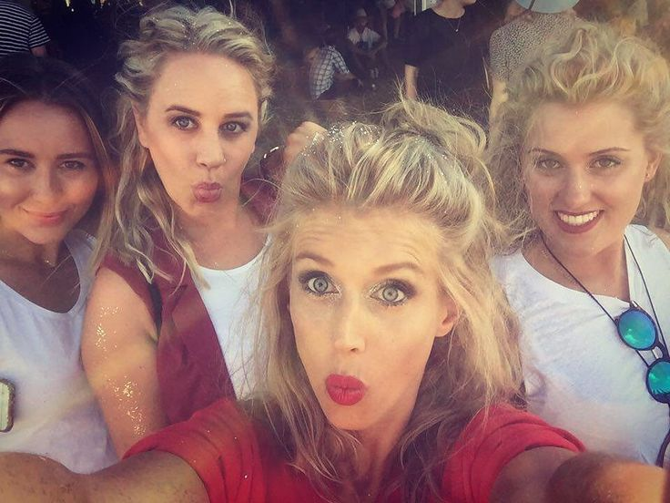 Such an amazing 4 days of festival goodness and week long trip with these three glorious girls down the Great Ocean Road. Thanks for crossing the line into 2016 with me couldn't have wished for a better way to spend New Years - definitely one for the record books @becflower @courtneypeck612 @thawlo #fallsfestival #lorne #newyears #yafilthyanimals #sugarglider #lemur #fox #honeybadger by lyndsfrigo http://ift.tt/1IIGiLS