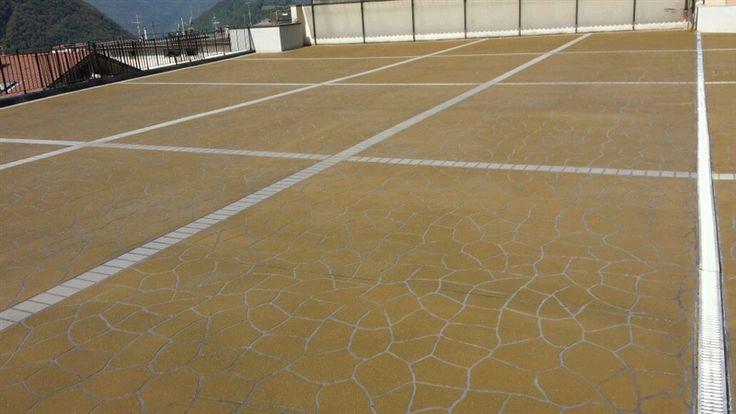 Pavimento stampato 'fresco su indurito' - Lumezzane (BS)
