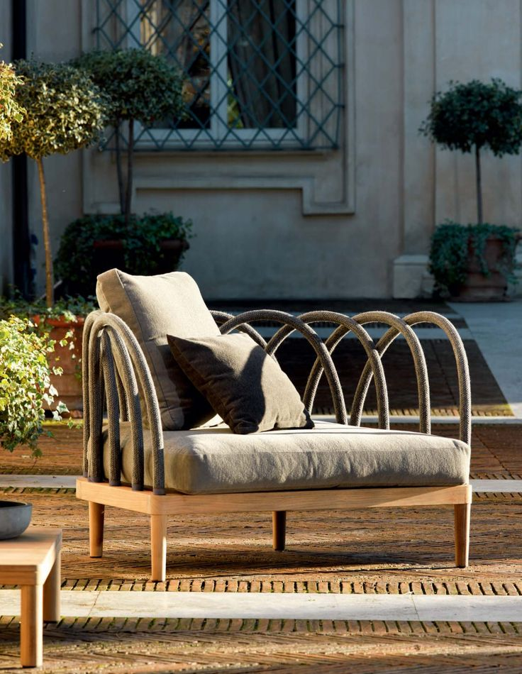 Henry Hall Outdoor Furniture