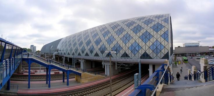 Poznan Poland, Dworzec Poznań Główny, widok z Mostu Dworcowego [fot.Tomasz Baumgart]