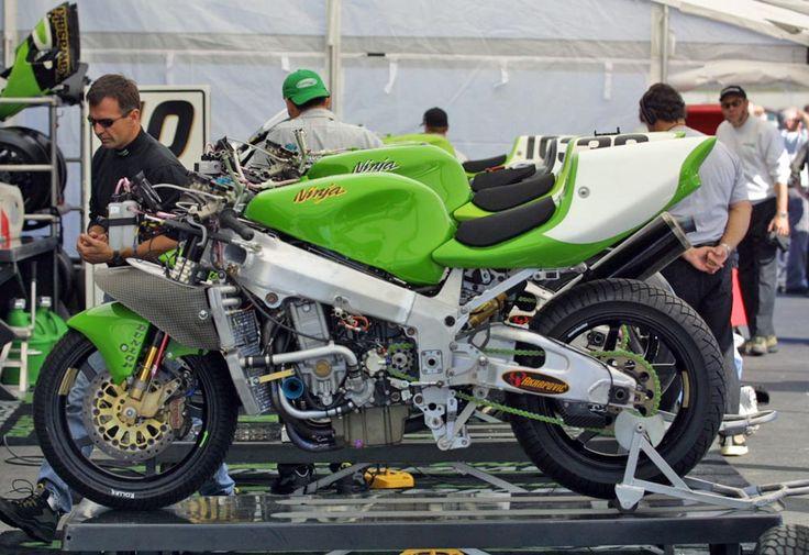 More AMA Kawasaki ZX-7RR