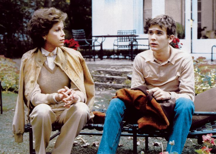 Mary Tyler Moore and Timothy Hutton in Ordinary People (1980)
