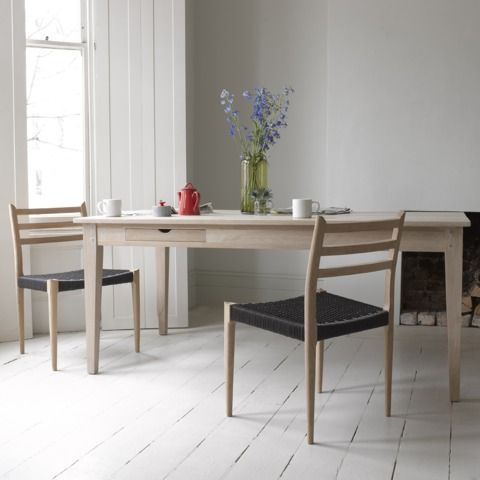 Plank kitchen table with Hans chairs