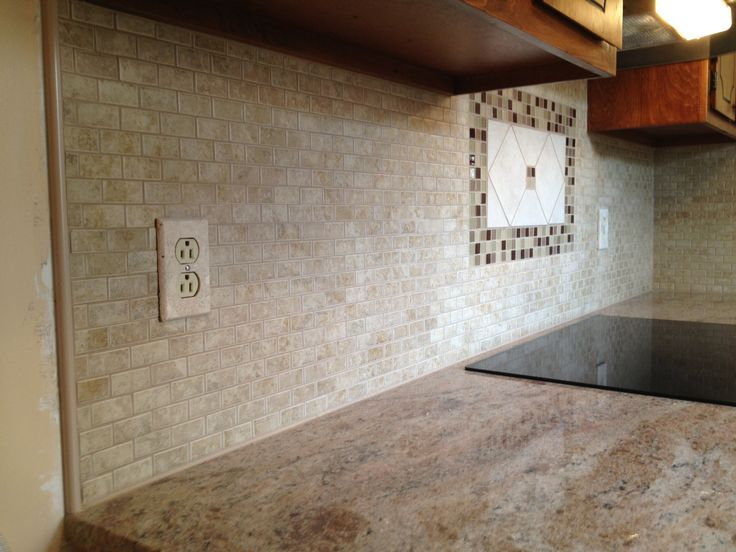 Dal tile 2 x 1 fantesa cameo mosaic dune metalic gold laticrete