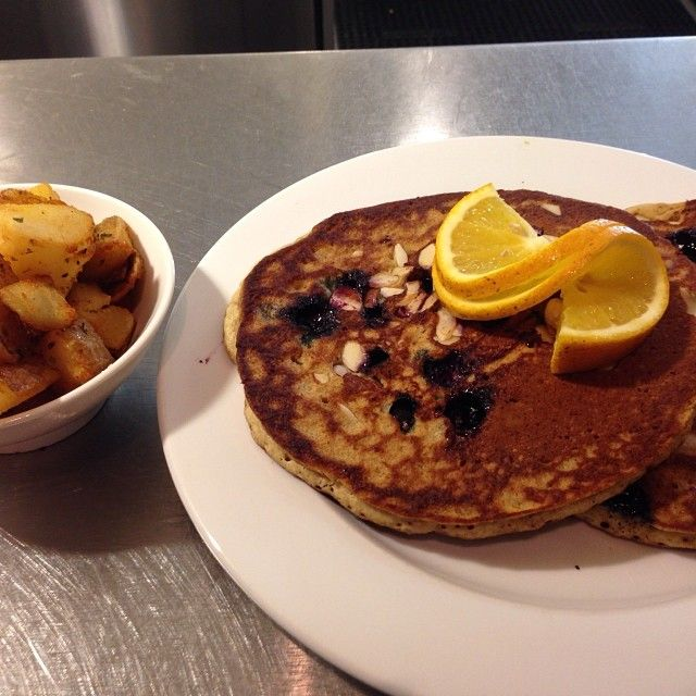 Blueberry almond pancakes & home fries