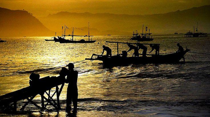 Pelabuhan Ratu Sukabumi Jawa Barat