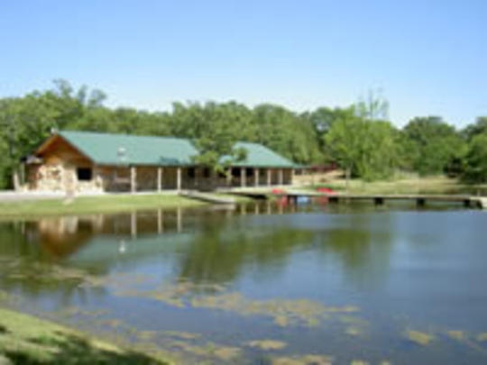 Deer Creek Lodge is only 2 minutes from Arbuckle Wilderness and 15 minutes from Chickasaw National Recreation Area. Five lodges are conveniently located near an RV park and motel. Two of the lodges have extra private rooms and a large deck overlooking the lake. There's endless outdoor activities offered including hiking trails, fishing, paddle boats, horseshoes, swimming, canoeing and volley ball.