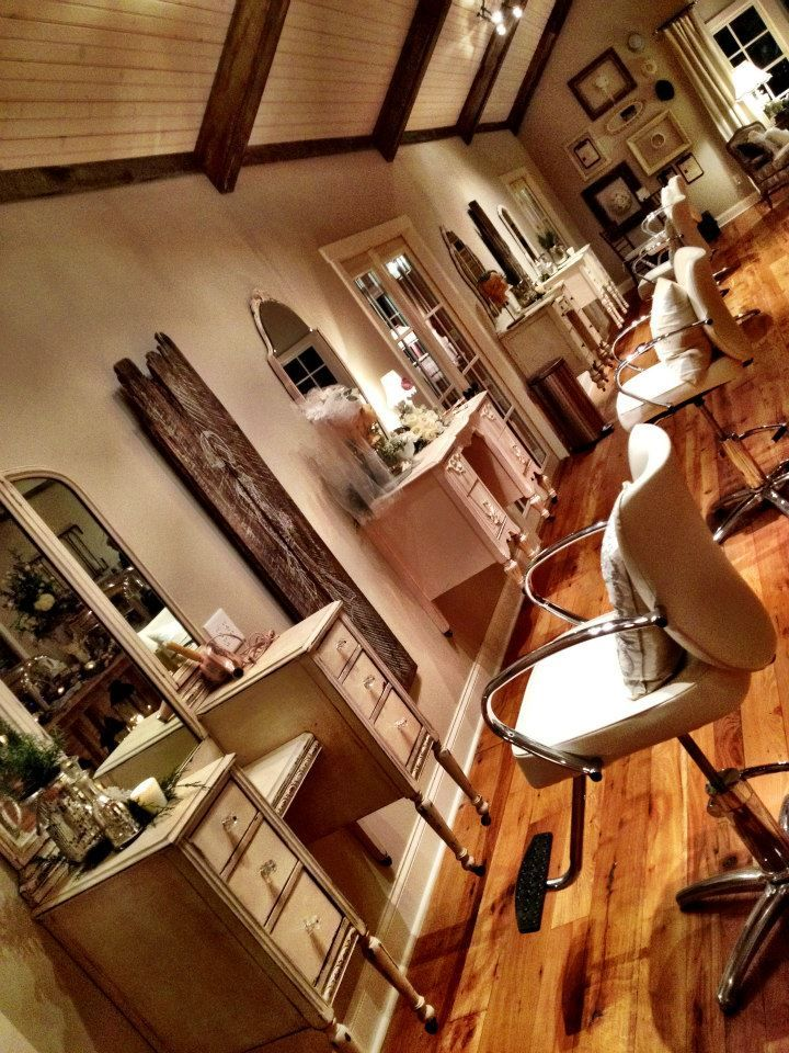 re-purpose seen at Mint Spring Farms......... This would be such a beautiful salon!