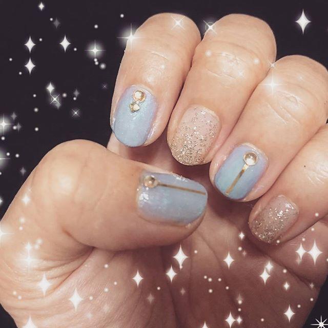 夏の終わりのブルー  #ブルー #グレー #ネイル #秋ネイル #ネイルデザイン #クール  #大人  #セルフネイル #nail  #gelnails #bule #gray #cool