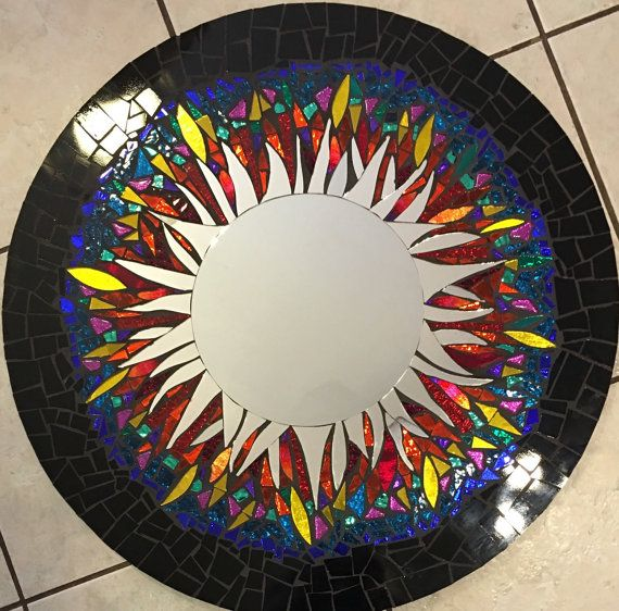 1000 ideas about miroir rond on pinterest mirroir rond for Miroir mosaique rond